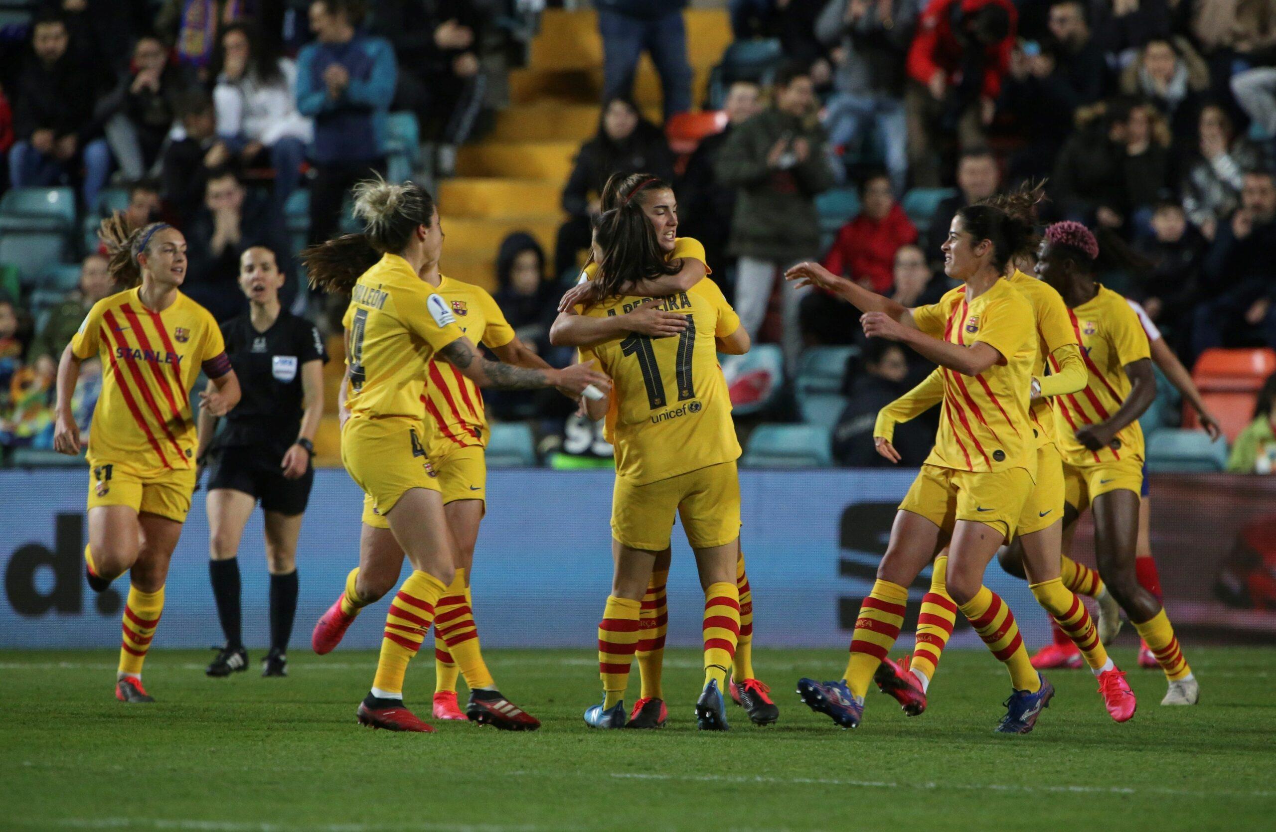 Les jugadores del Barça celebren un dels gols contra l'Atlètic de Madrid | EFE