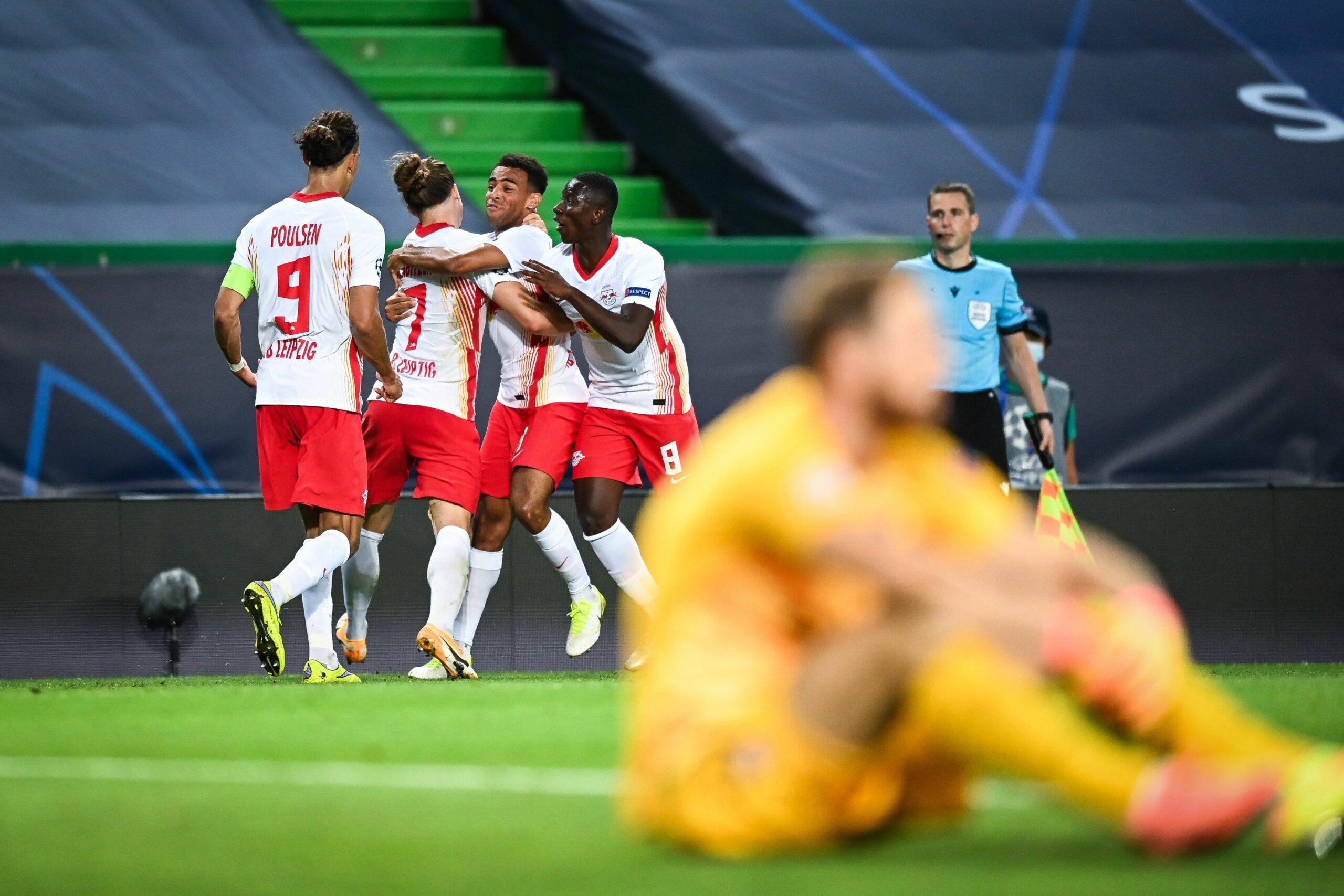 Els jugadors del Leipzig celebren un dels gols contra l'Atlètic de Madrid   @DieRotenBullen