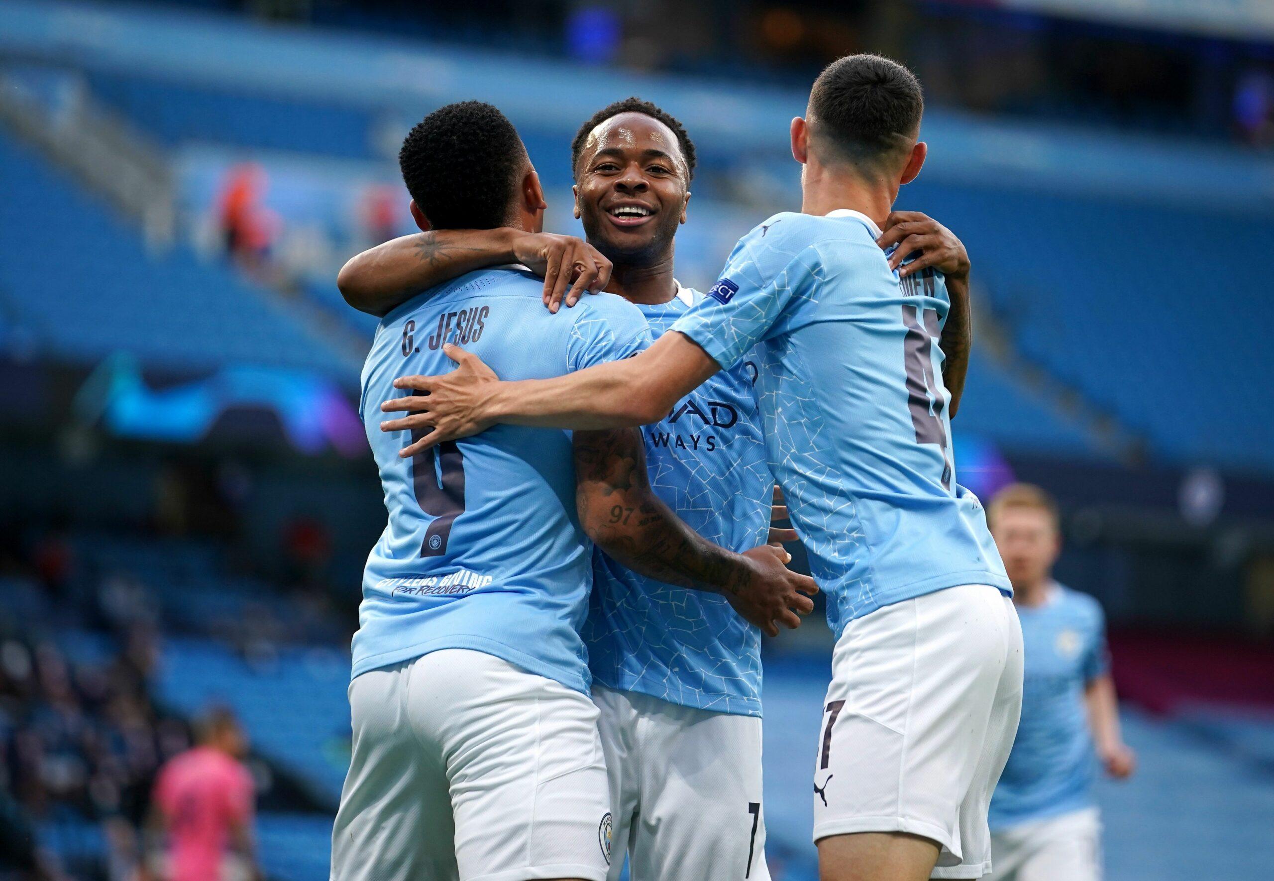Els jugadors del City celebren un dels gols contra el Madrid |Europa Press