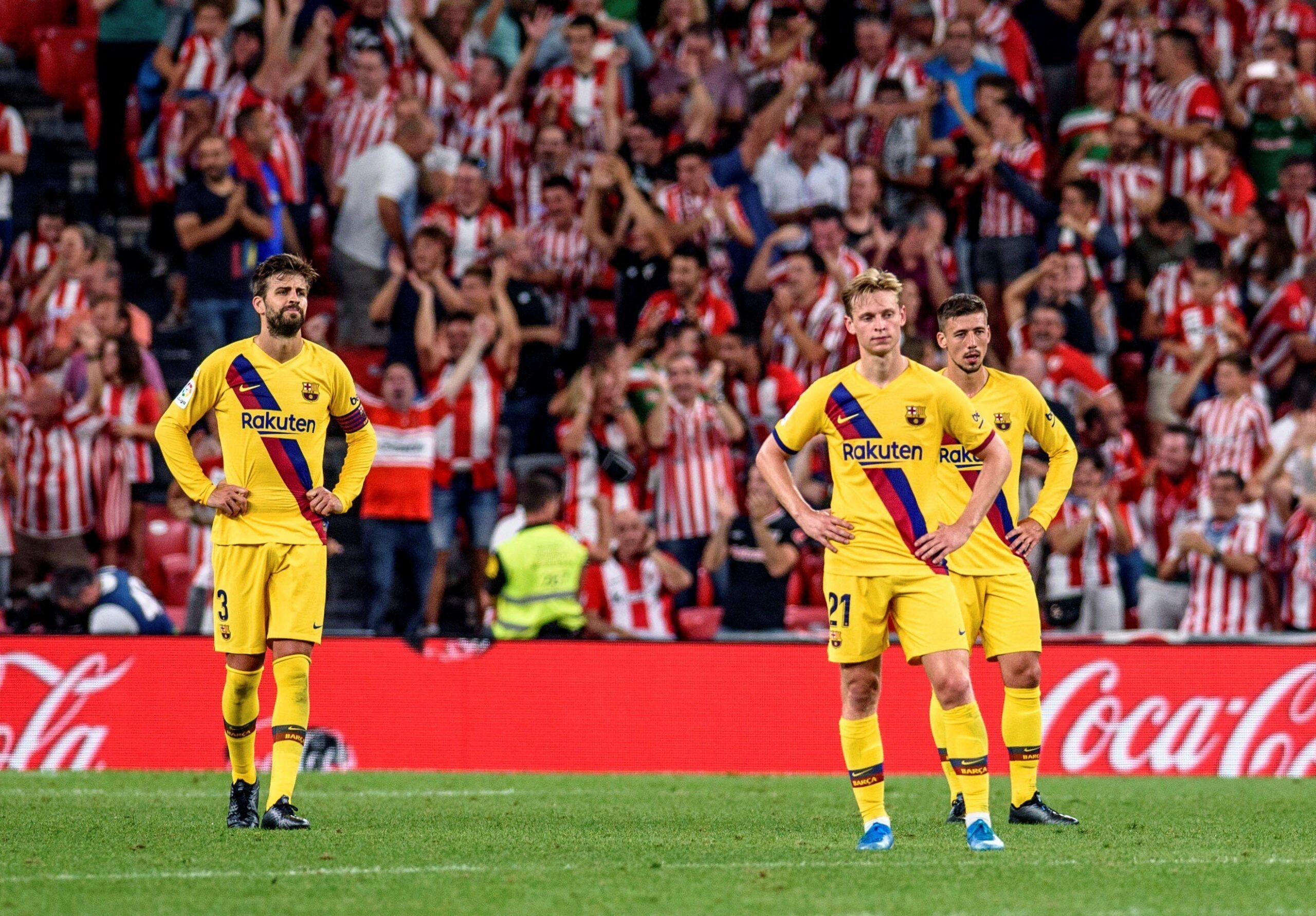 Piqué, De Jong i Lenglet, després del gol d'Aduriz | EFE