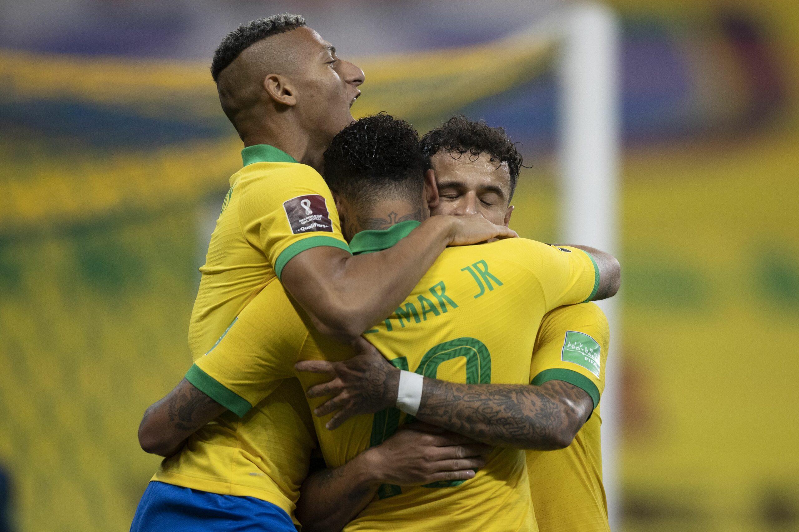 Coutinho celebra un gol amb la selecció del Brasil   Europa Press