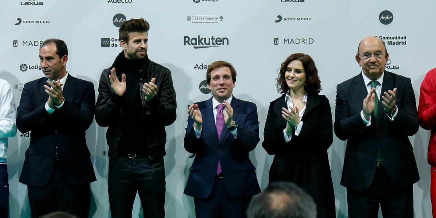 Piqué i Ayuso, en la presentació de la Copa Davis | Europa Press