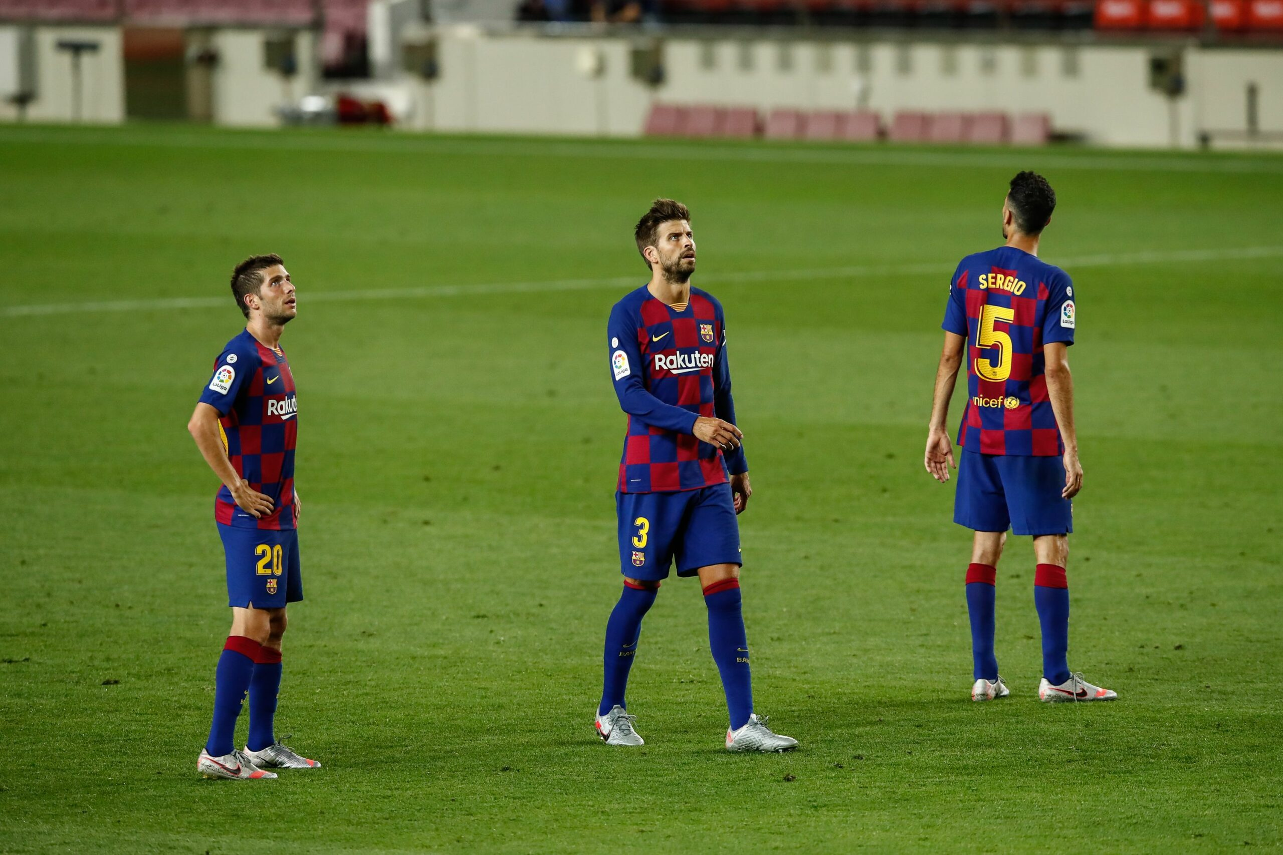 Sergio Busquets, Piqué i Sergi Roberto, capitans del Barça   Europa Press