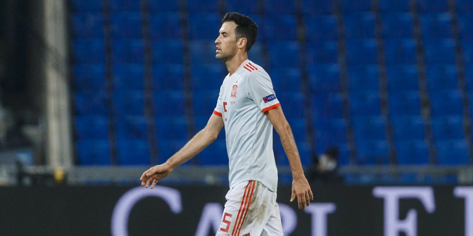 Sergio Busquets es lesiona amb la selecció espanyola | @SeFutbol