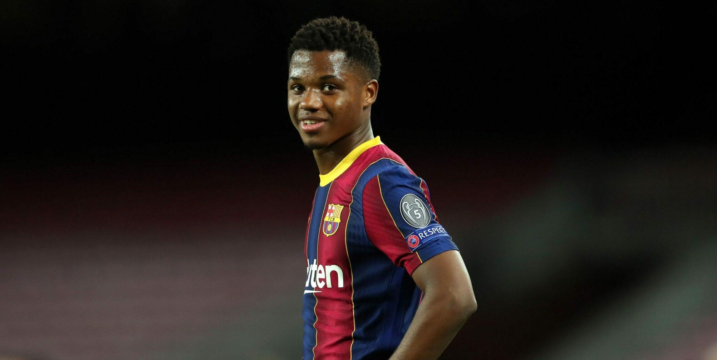 Ansu Fati, durant un partit   FC Barcelona