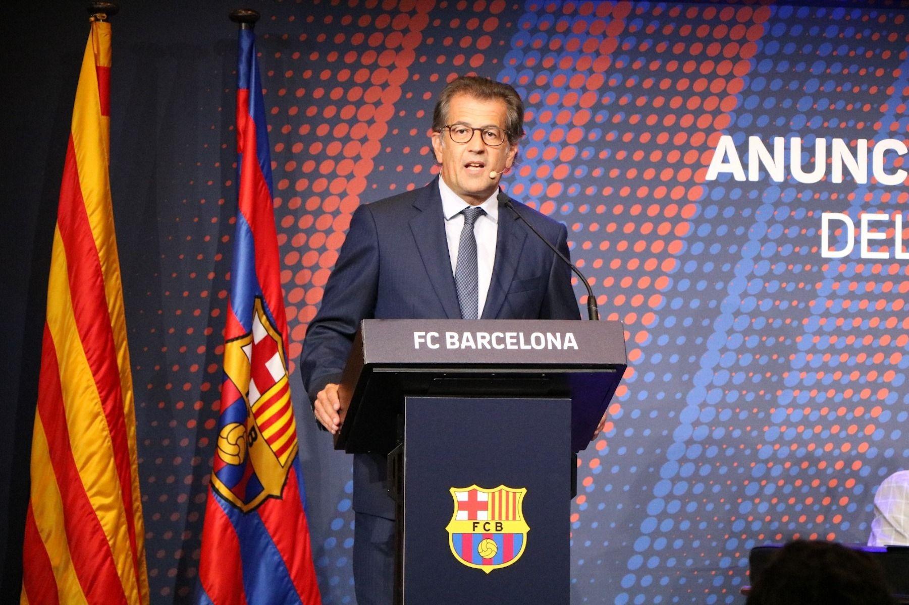 Toni Freixa, durant la presentació de la seva candidatura per a les eleccions del Barça   Toni Freixa
