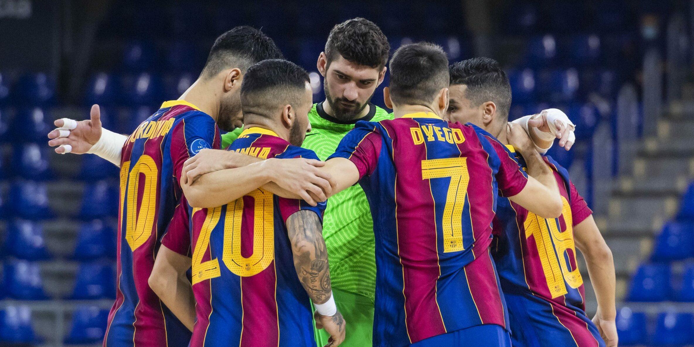 Els jugadors del Barça de futbol sala, abans d'un partit   FC Barcelona