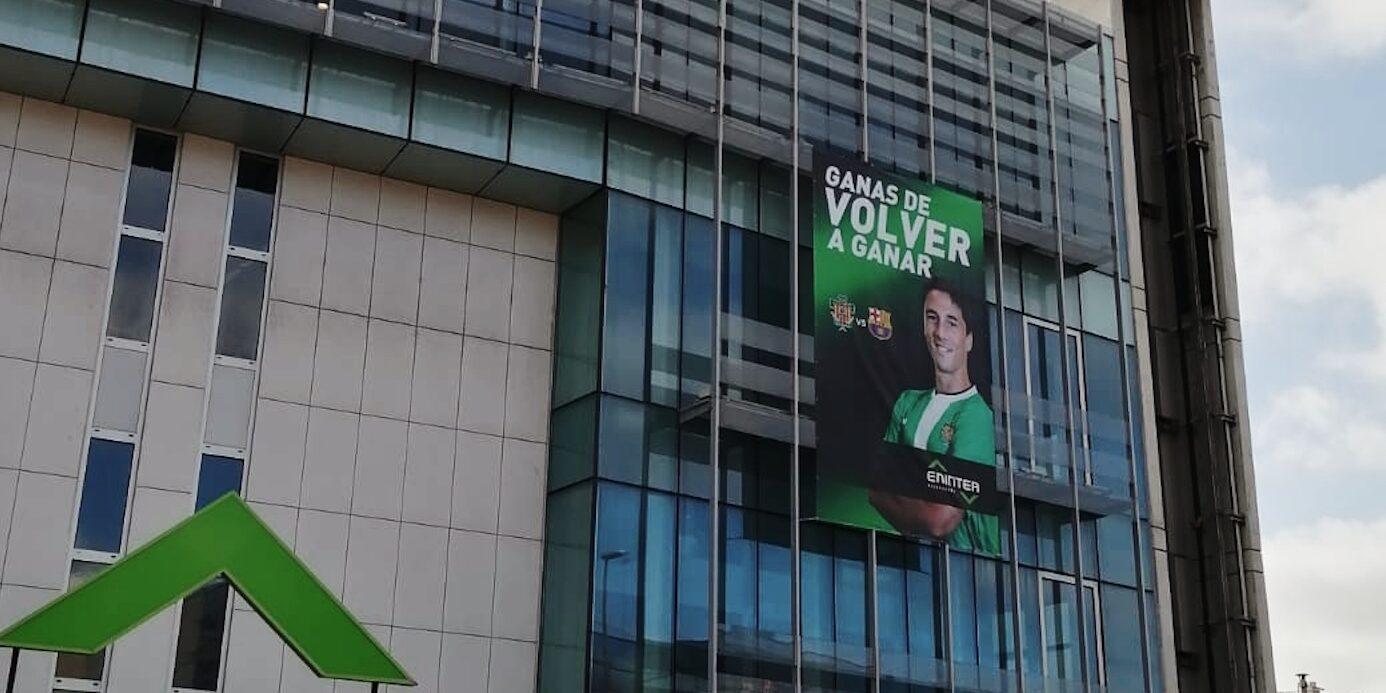 Pancarta del Cornellà abans de rebre el Barça | @Eninter