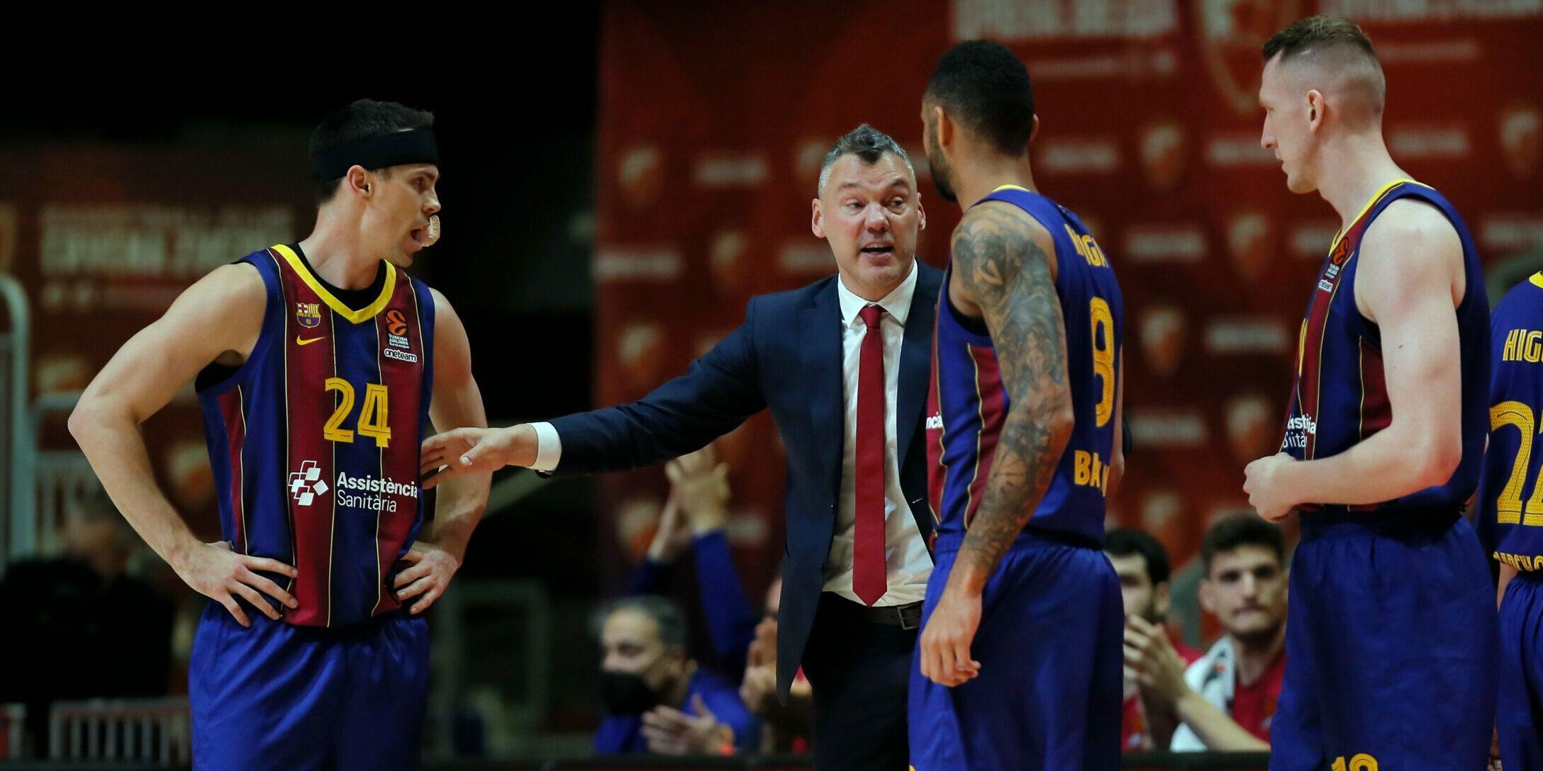 Els jugadors del Barça de bàsquet, a la pista de l'Estrella Roja | FC Barcelona