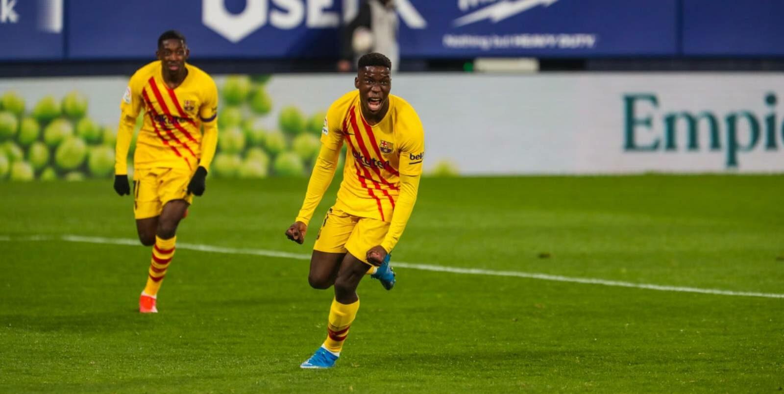 Ilaix Moriba, després del seu primer gol | FCB