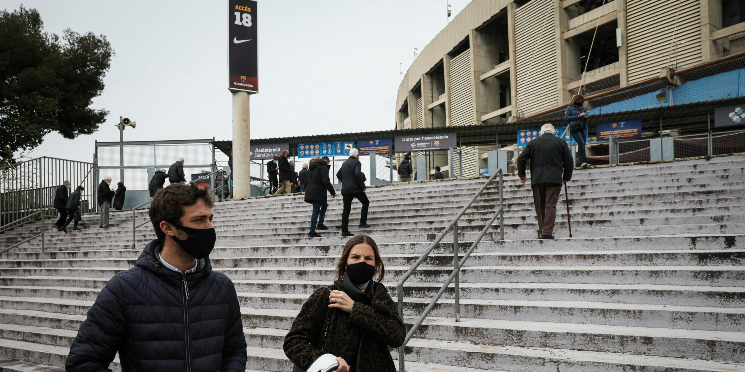 L'entrada de l'esplanada del Camp Nou | Jordi Borràs
