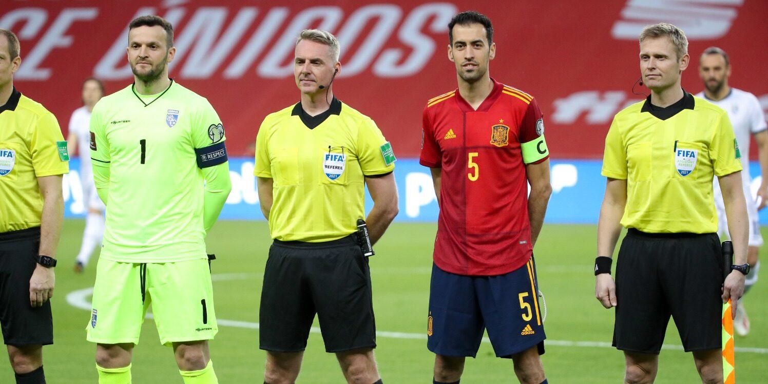 Sergio Busquets, durant el partit contra Kosovo | SeFutbol