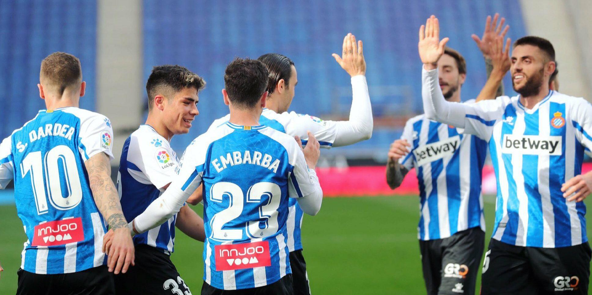 Els jugadors de l'Espanyol celebren un gol   RCDE