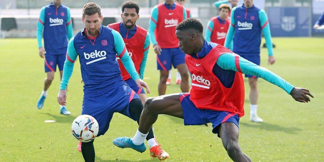 Messi i Ilaix, durant un entrenament |FC Barcelona