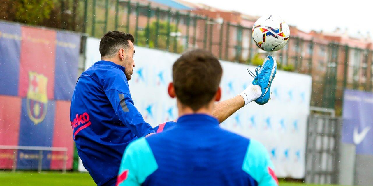 Sergio Busquets, durant un entrenament del Barça | FCB