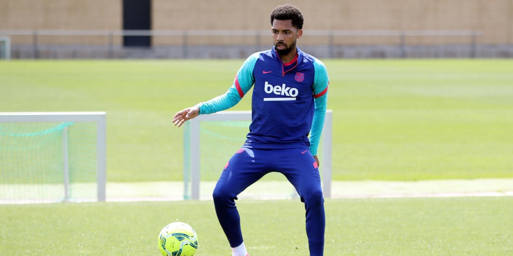 Matheus, durant un entrenament   FC Barcelona
