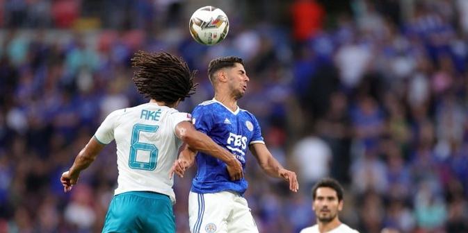 Els jugadors del Leicester i el Manchester City disputen una pilota | Twitter Leicester
