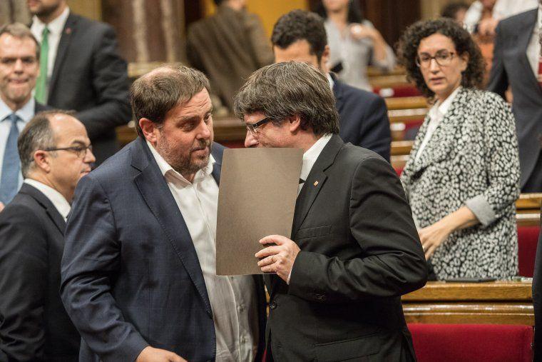 Oriol Junqueras i Carles Puigdemont al Parlament