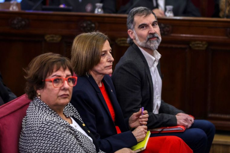 Bassa, Forcadell i Cuixart en un moment de la sessió d'avui