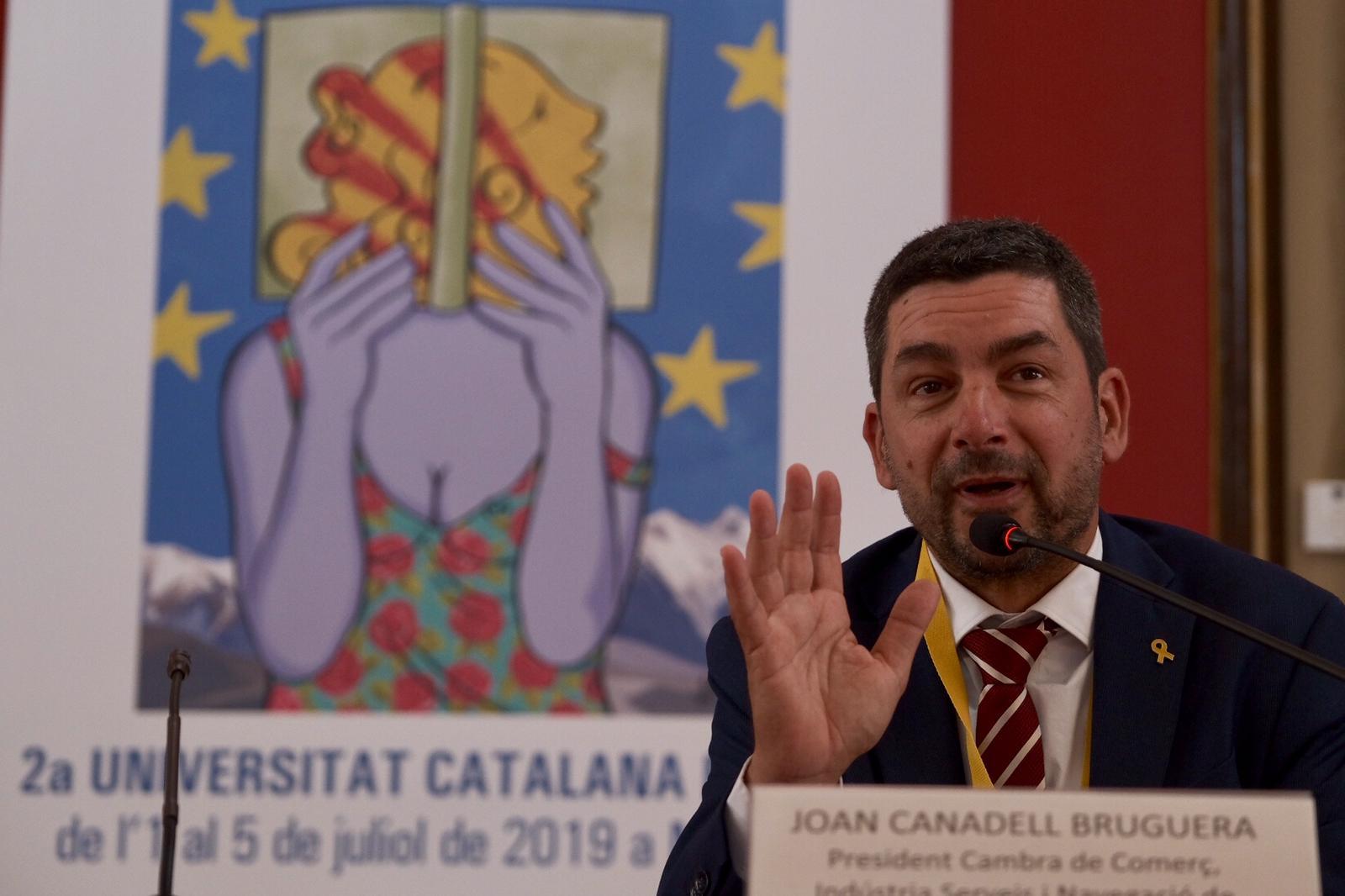 Joan Canadell en una conferència a la UCE de Manresa