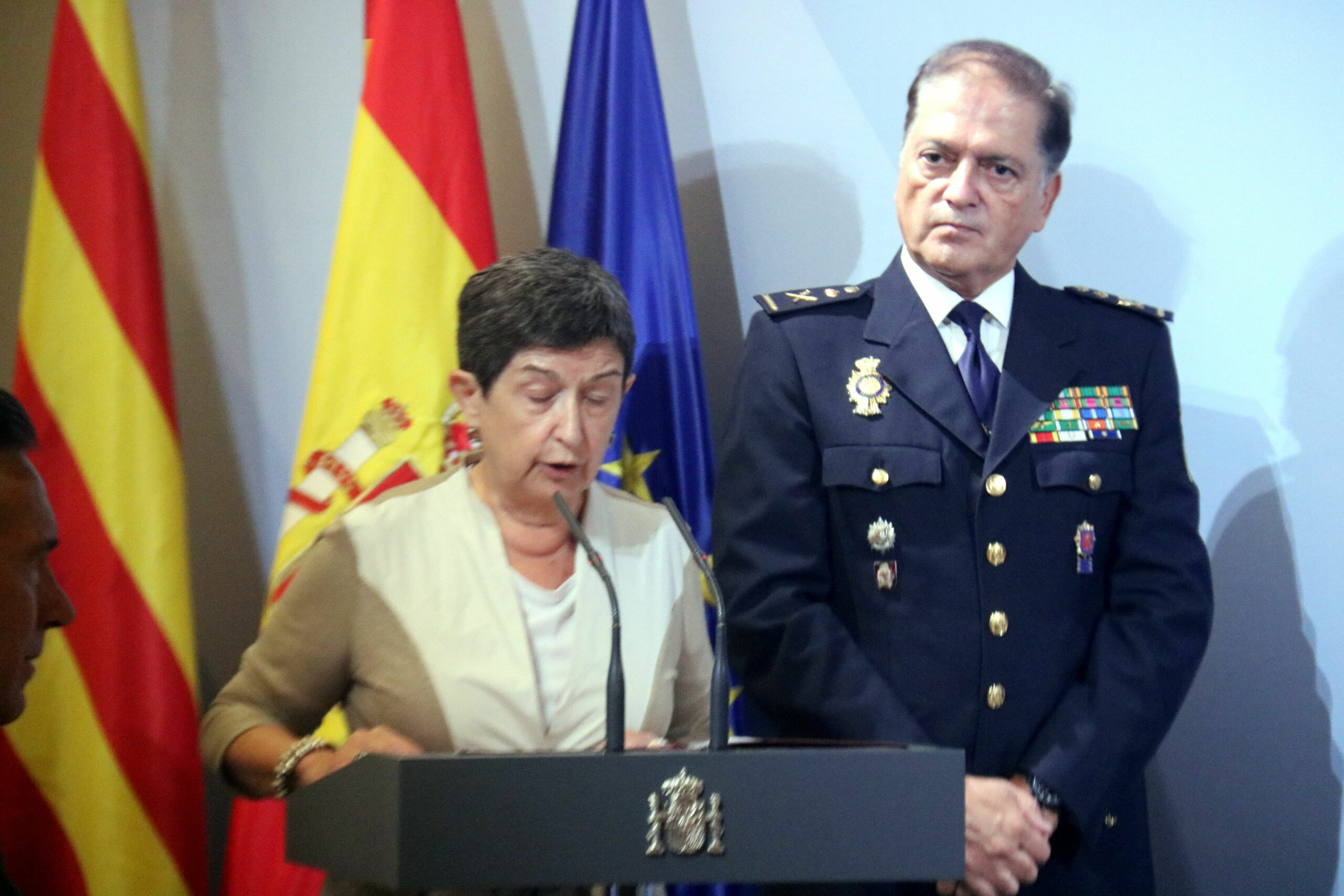 Teresa Cunillera amb el cal del CNP a Catalunya, Antonio Togores