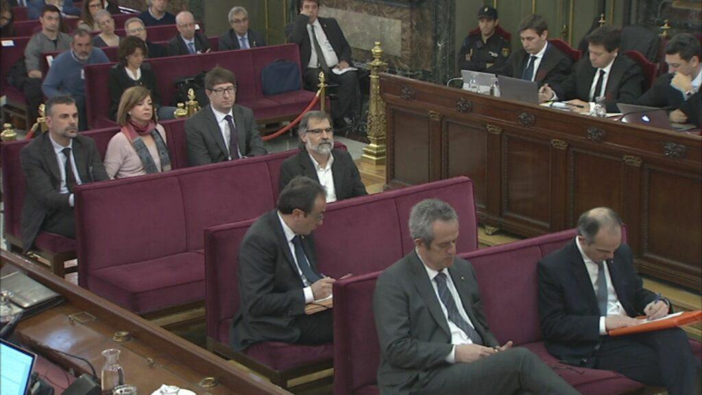 El banc dels acusats del judici de l'1-O al Tribunal Suprem el 10 d'ab