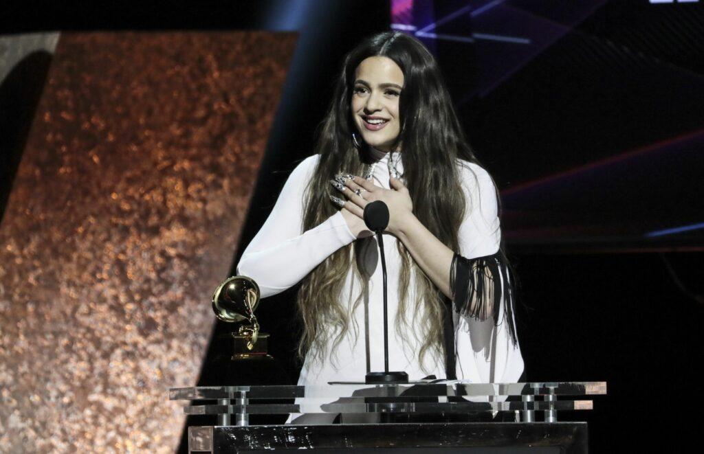 Rosalía durant una entrega de premis   Europa Press