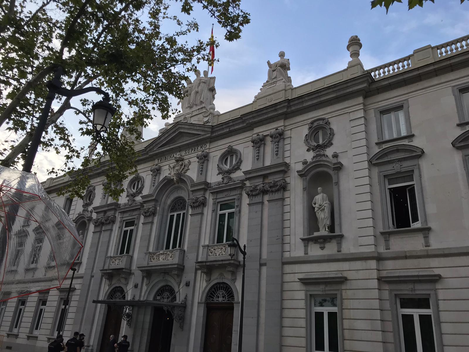 La façana del Tribunal Suprem, a Madrid / Q.S.