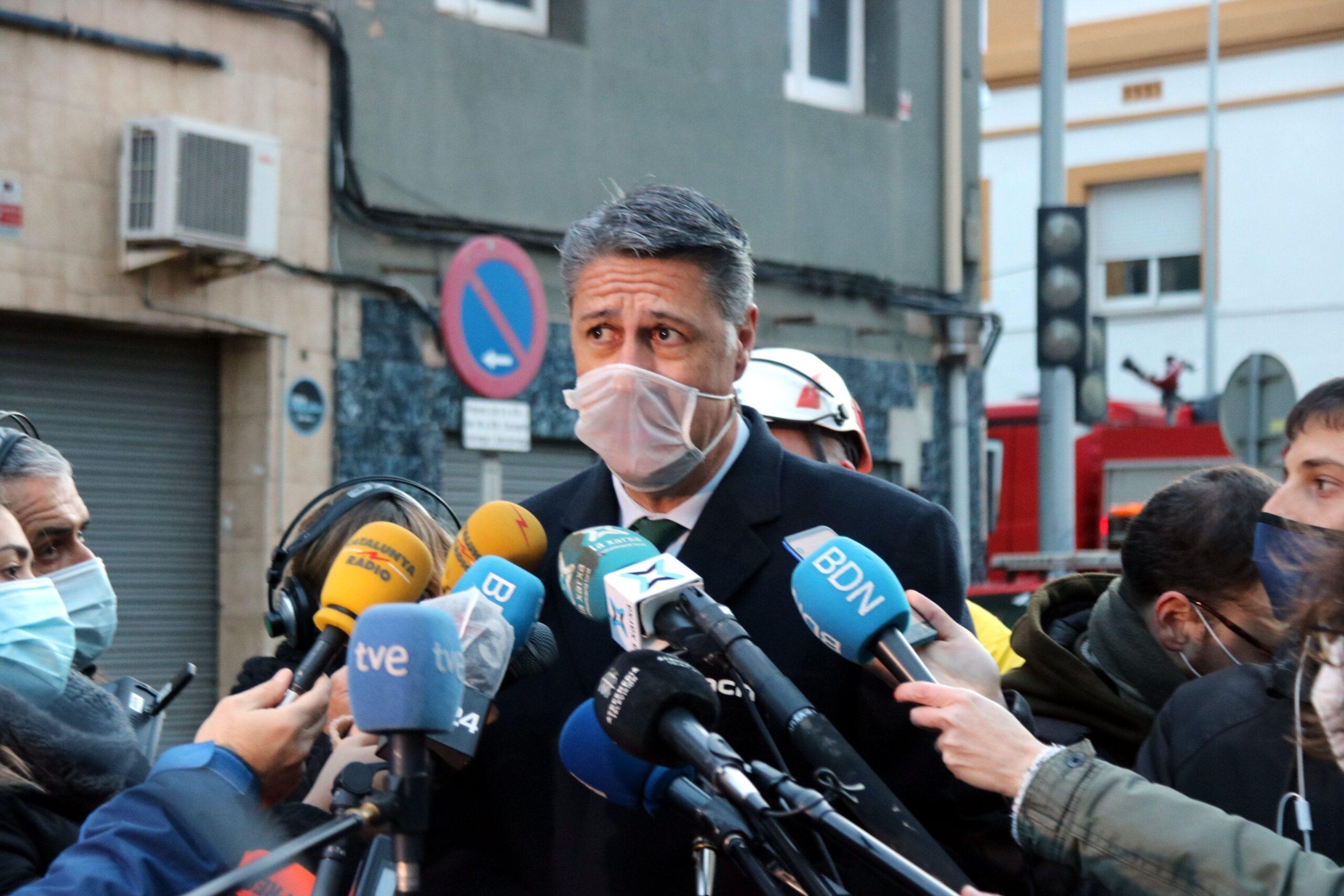 L'alcalde de Badalona, Xavier Garcia Albiol, durant l'atenció als mitjans per l'incendi de Badalona el 10 de desembre del 2020