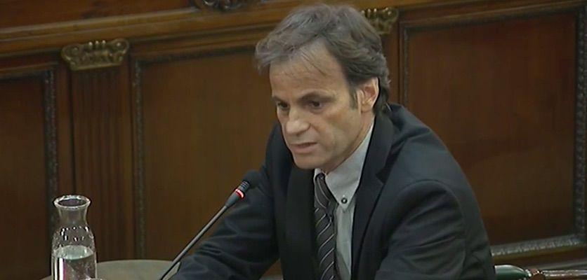 Jaume Asens, en un moment de la testifical