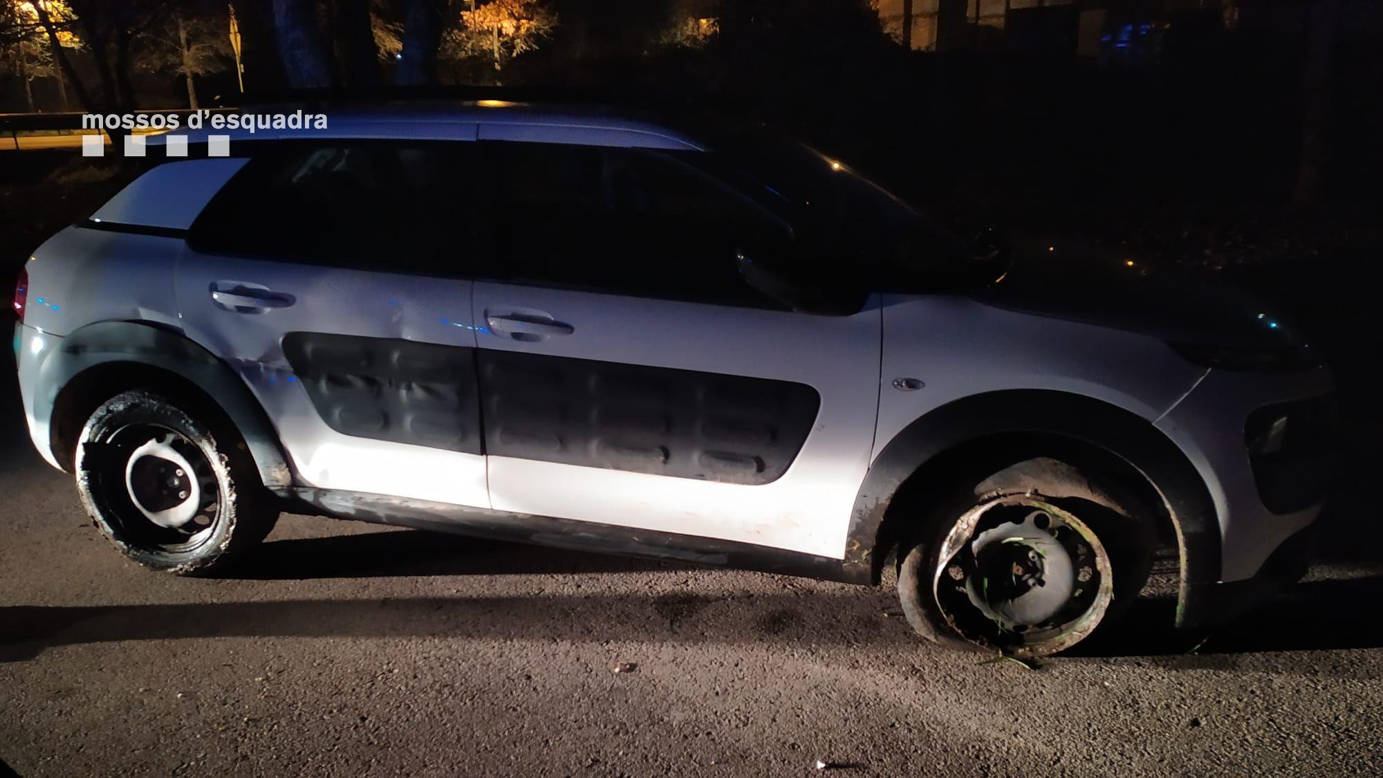 Els danys causats al vehicle de la conductora detinguda a Maçanet de la Selva