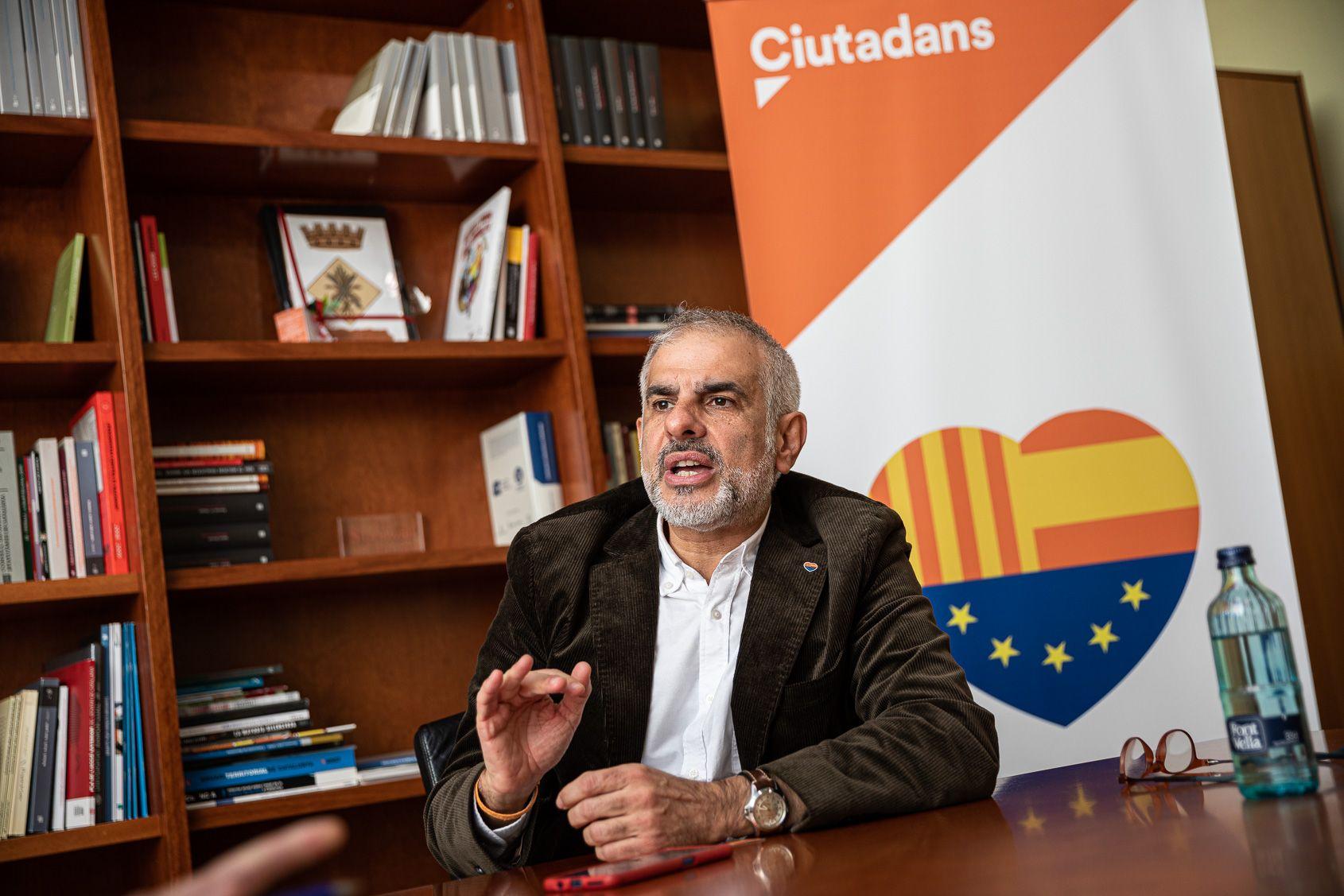 El líder de Cs, Carlos Carrizosa, al Parlament JORDI BORRÀS