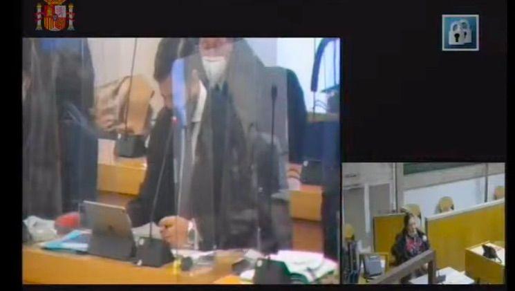 Sacchi en un moment de la seva declaració