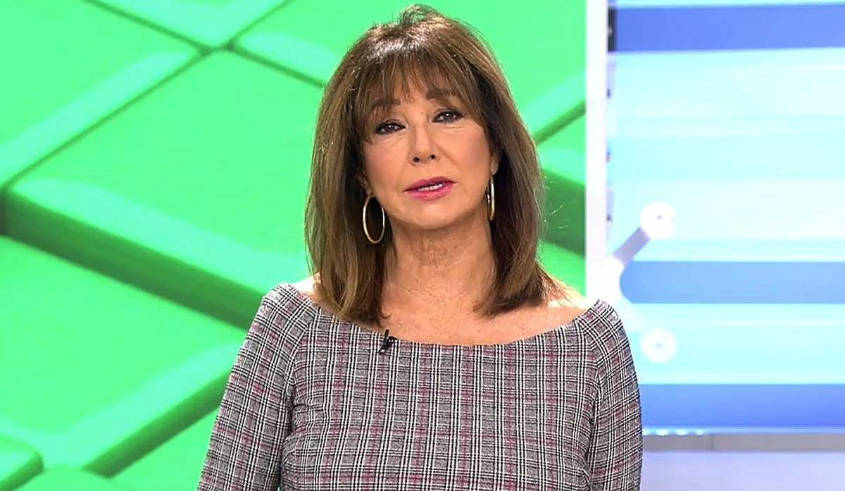 Ana Rosa Quintana, en directe durant una emissió del seu programa / Telecinco