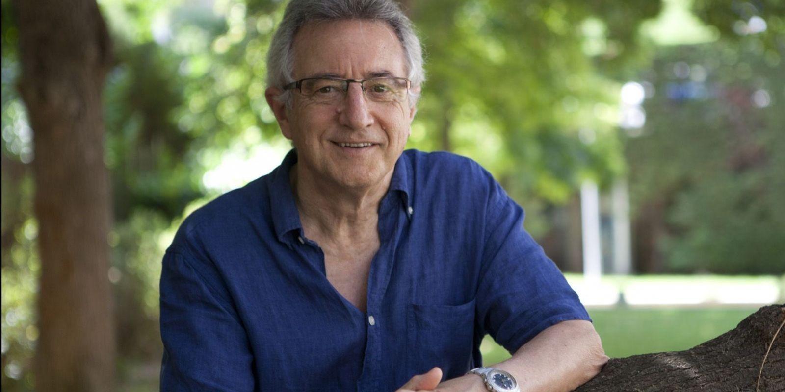Víctor Alexandre (perfil)