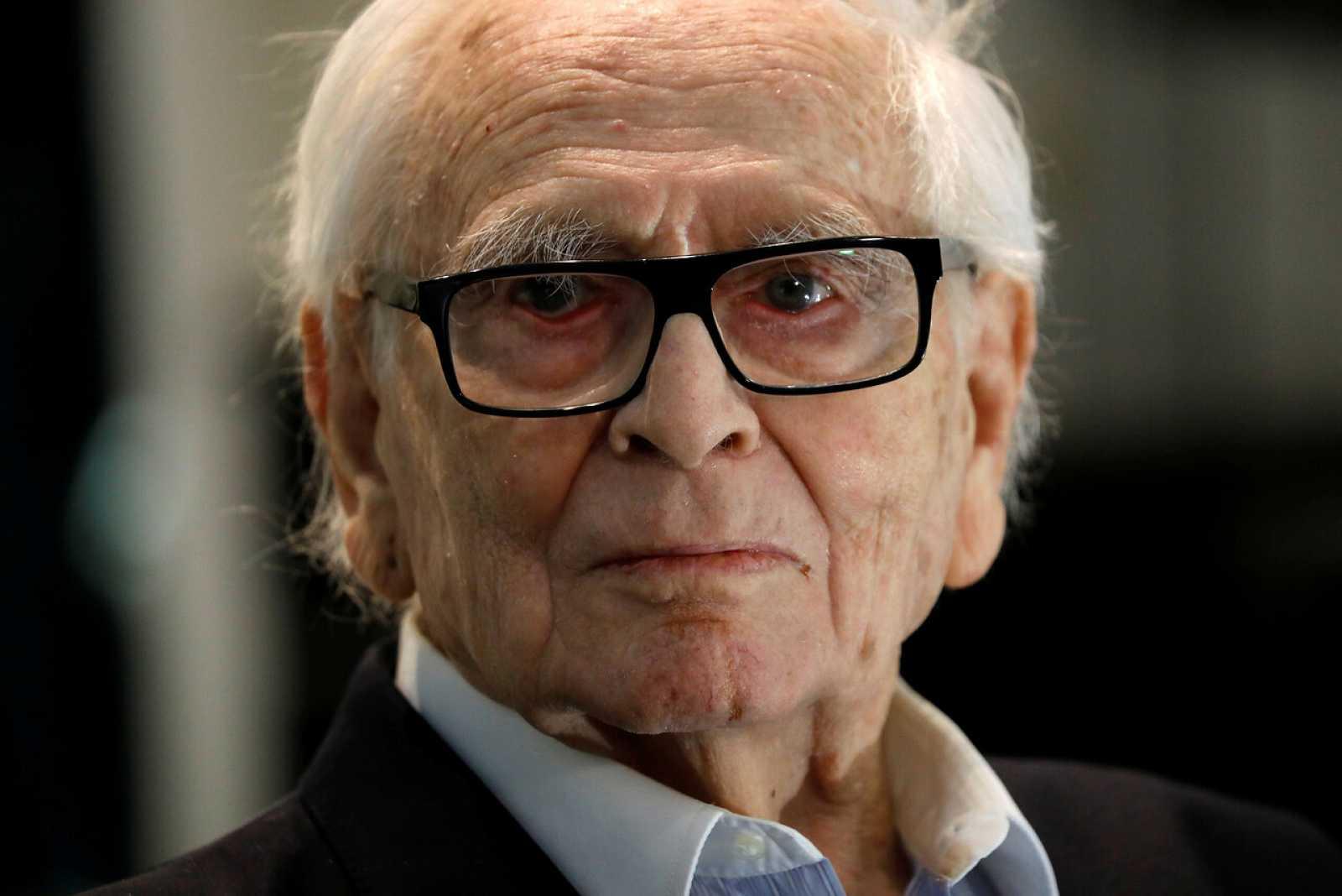 Pierre Cardin mor als 98 anys / TVE