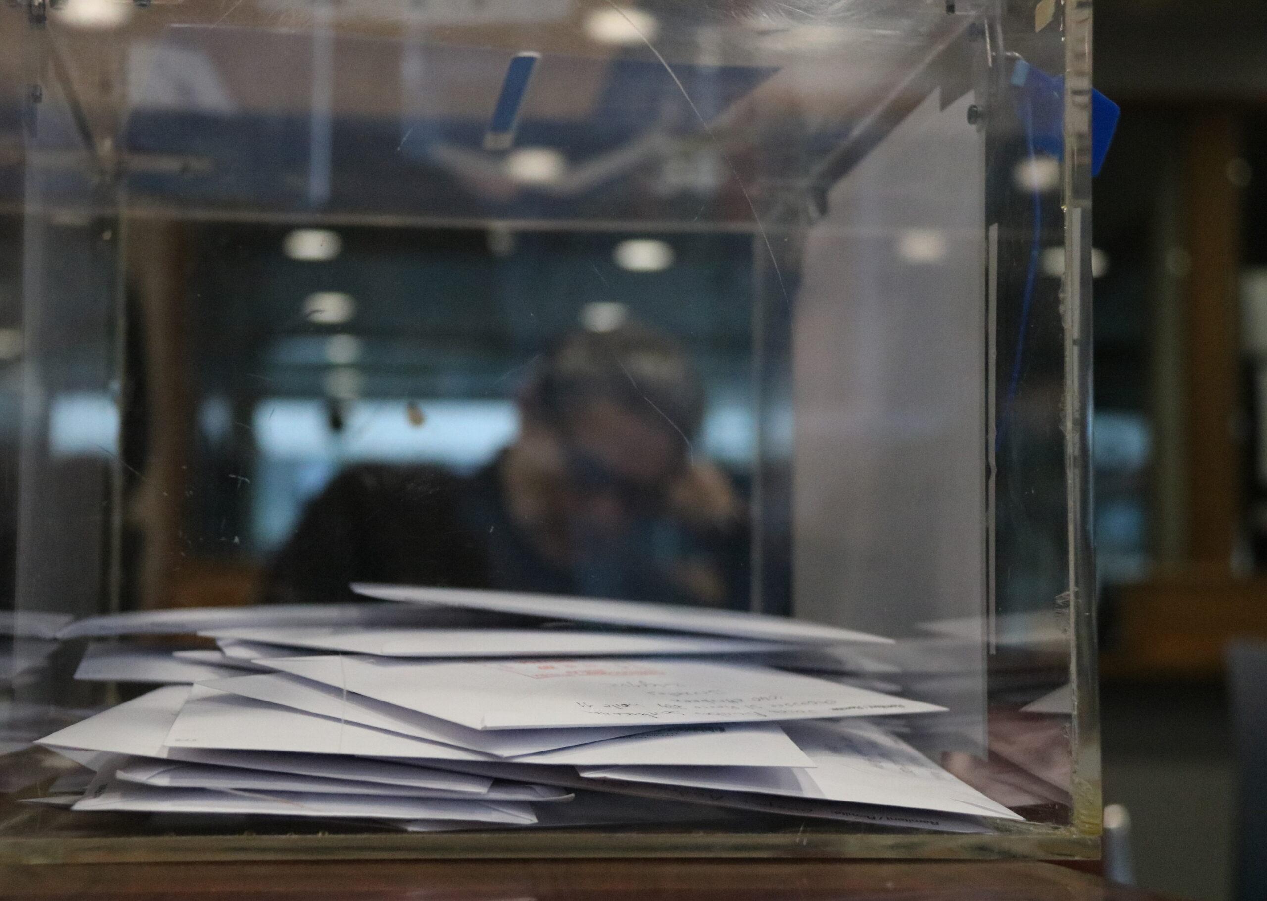 Una urna, a l'oficina consular d'Espanya a Brussel·les | ACN