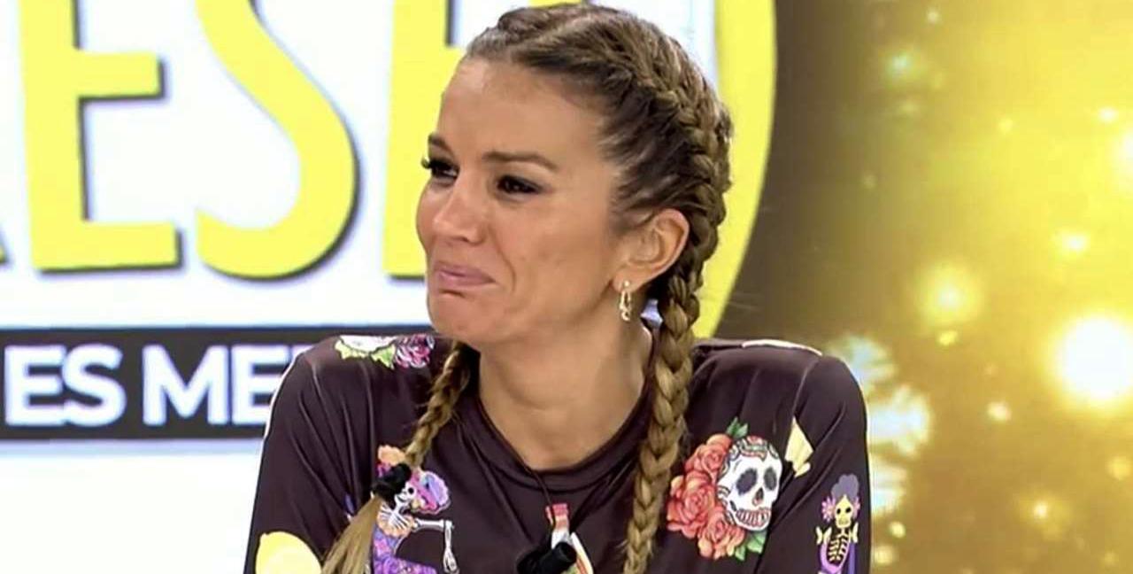 Marta López es trenca en sincerar-se en directe a 'Ya es mediodía' / Telecinco