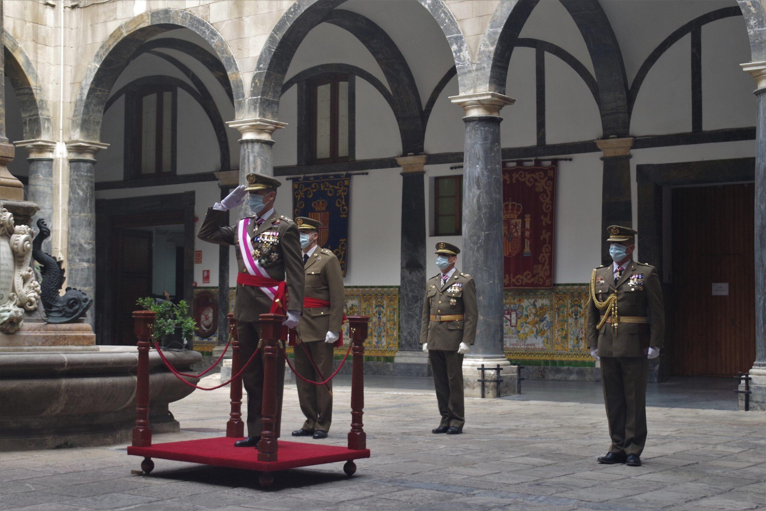 L'inspector general de l'Exèrcit, Fernando Aznar Ladrón de Guevara, durant l'acte per la Pasqua Militar a Barcelona | Europa Press