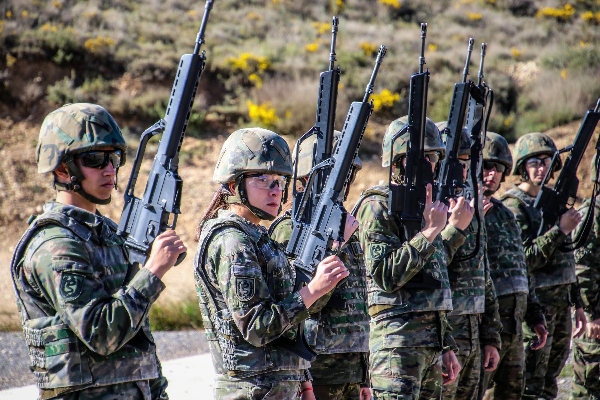 Soldats de la Brigada Aragón I en una missió de suprt/EdT
