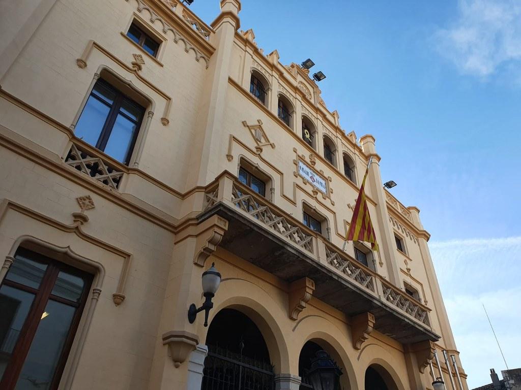 Façana de l'Ajuntament de Sitges