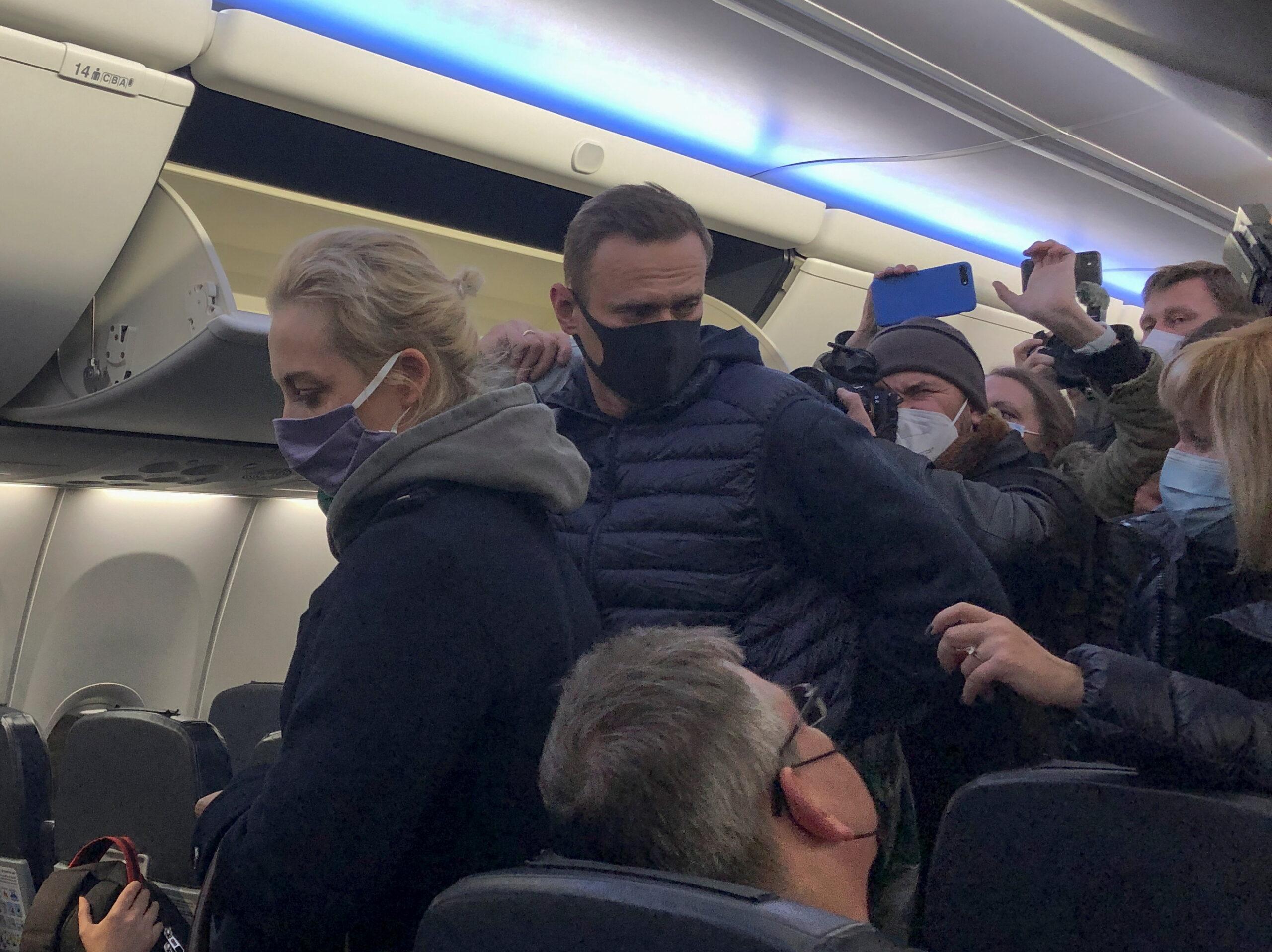 El líder opositor rus Aleksei Navalni en aterrar a Rússia per primera vegada després de ser víctima d'un intent d'enverinament   REUTERS/Polina Ivanova