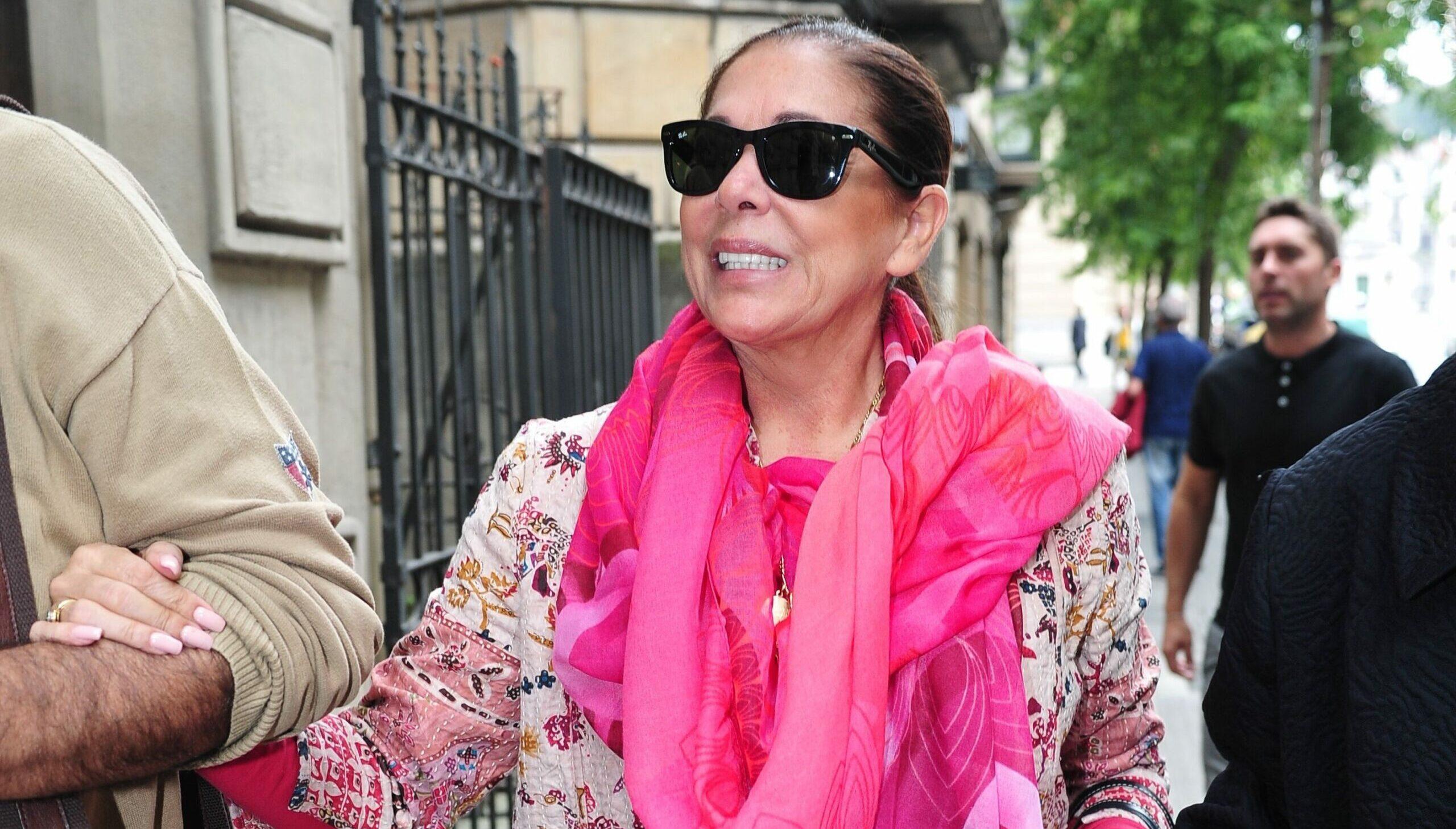 Isabel Pantoja, caçada pels 'paparazzi' / Europa Press   (Foto de ARCHIVO) 15/9/2018