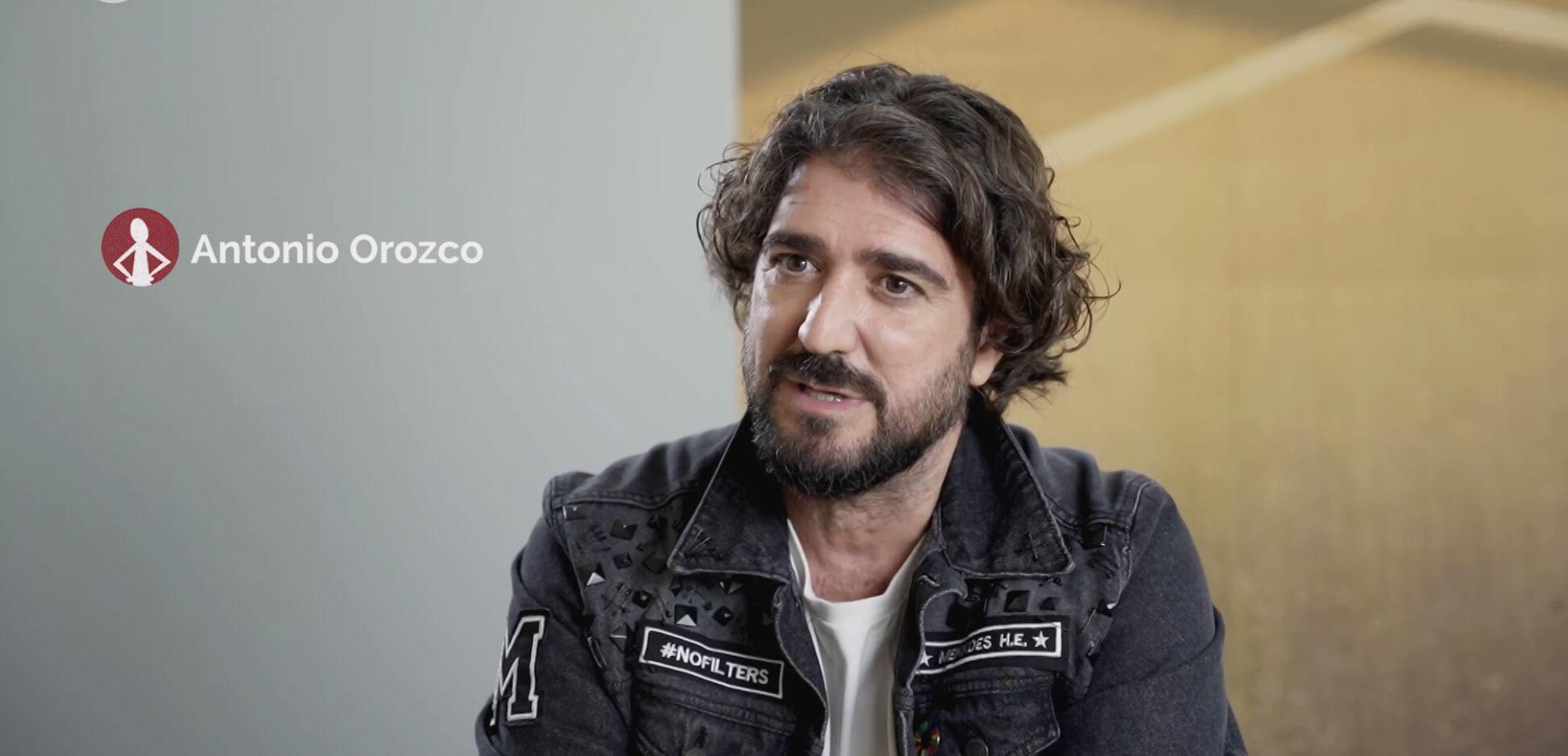 Antonio Orozco participa en un programa de TV3