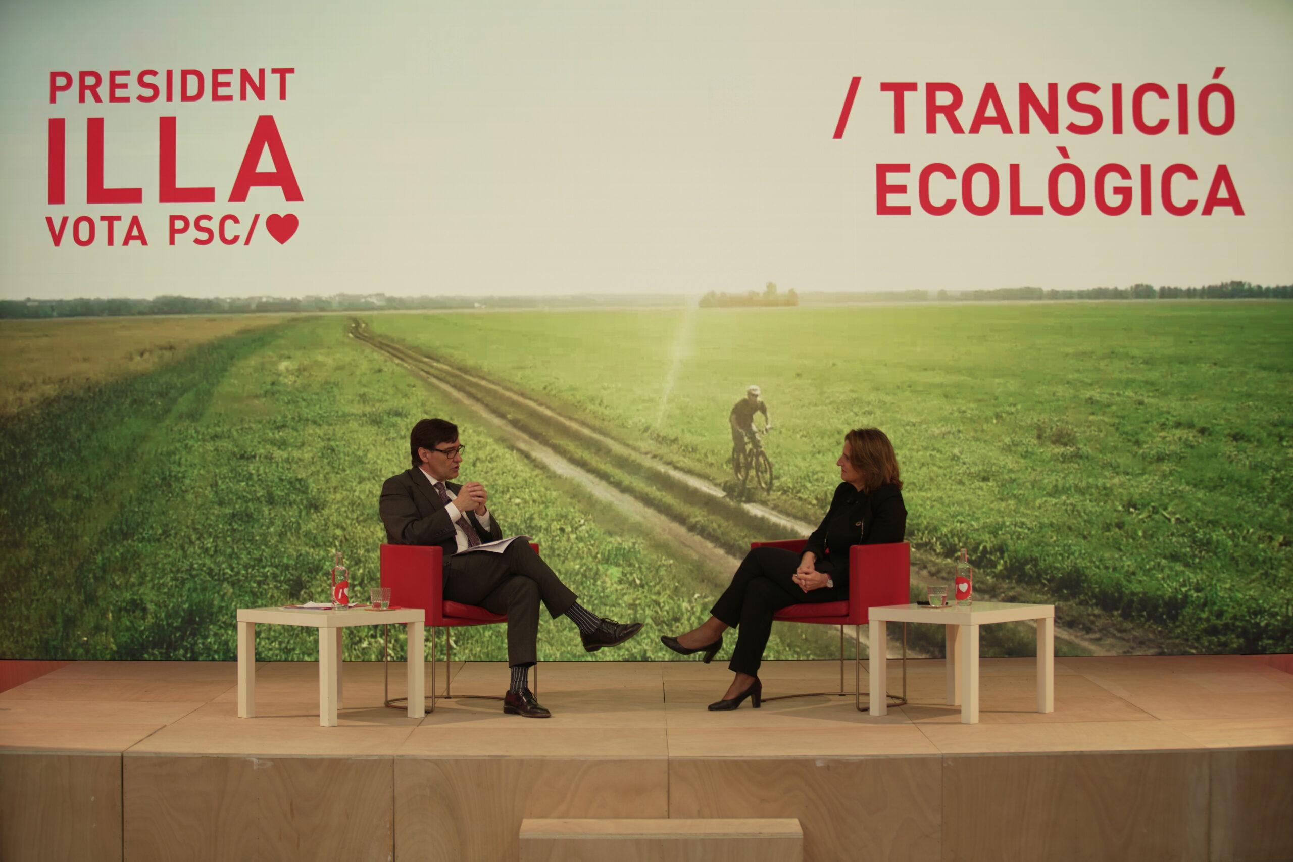 Salvador Illa, candidat del PSC al 14-F, amb la ministra de Transició Ecològica, Teresa Ribera / ACN