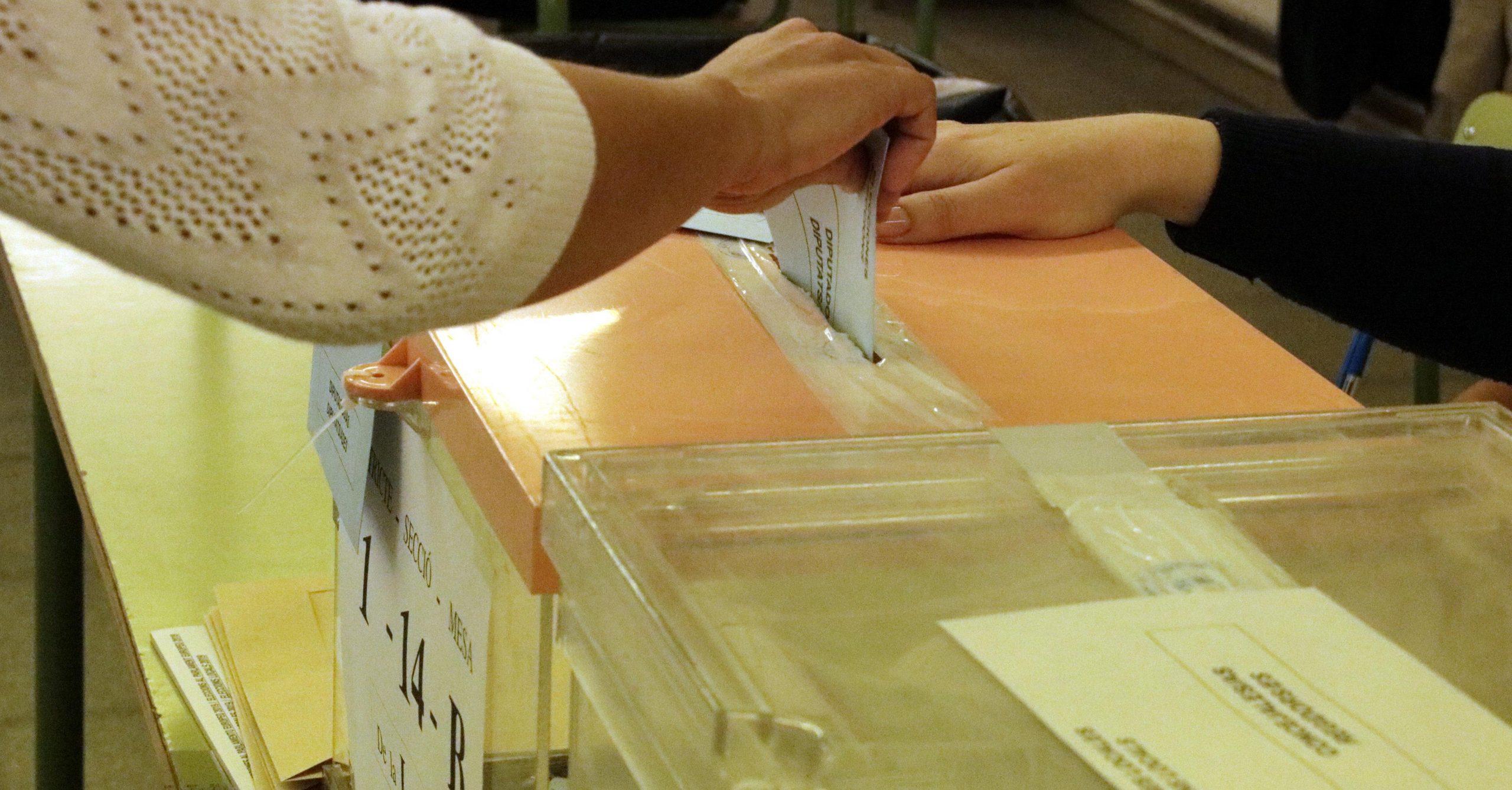 Una electora votant el 26M / ACN