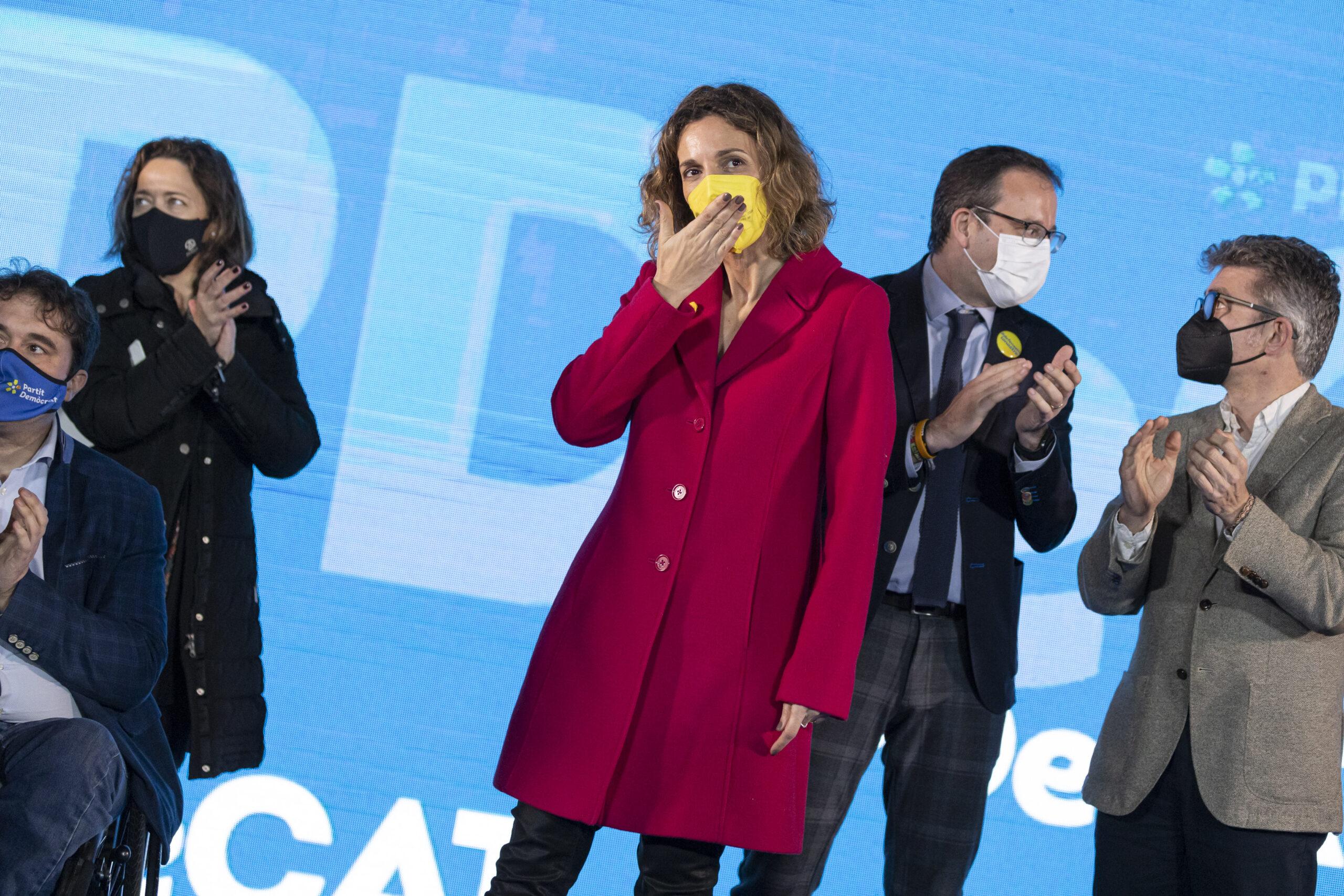 La cap de llista del PDeCAT a les eleccions, Àngels Chacón, en l'acte de final de campanya del partit al Recinte Modernista de Sant Pau, a Barcelona. Imatge del 12 de febrer de 2021 / ACN