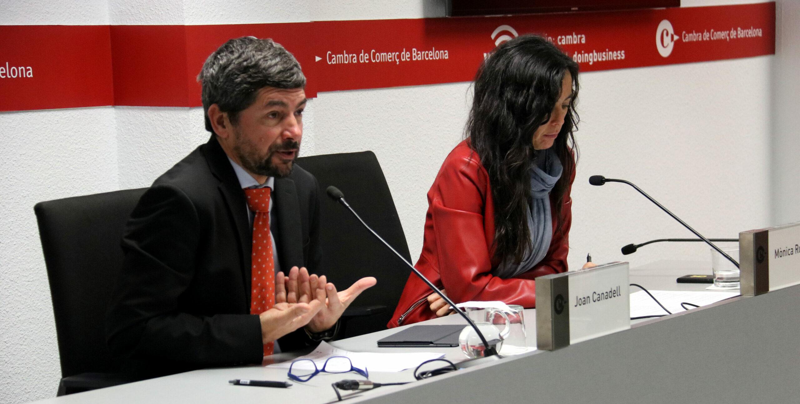 El president de la Cambra de Comerç de Barcelona, Joan Canadell, i la vicepresidenta primera de la corporació, Mònica Roca, el 20 de gener de 2020 / ACN