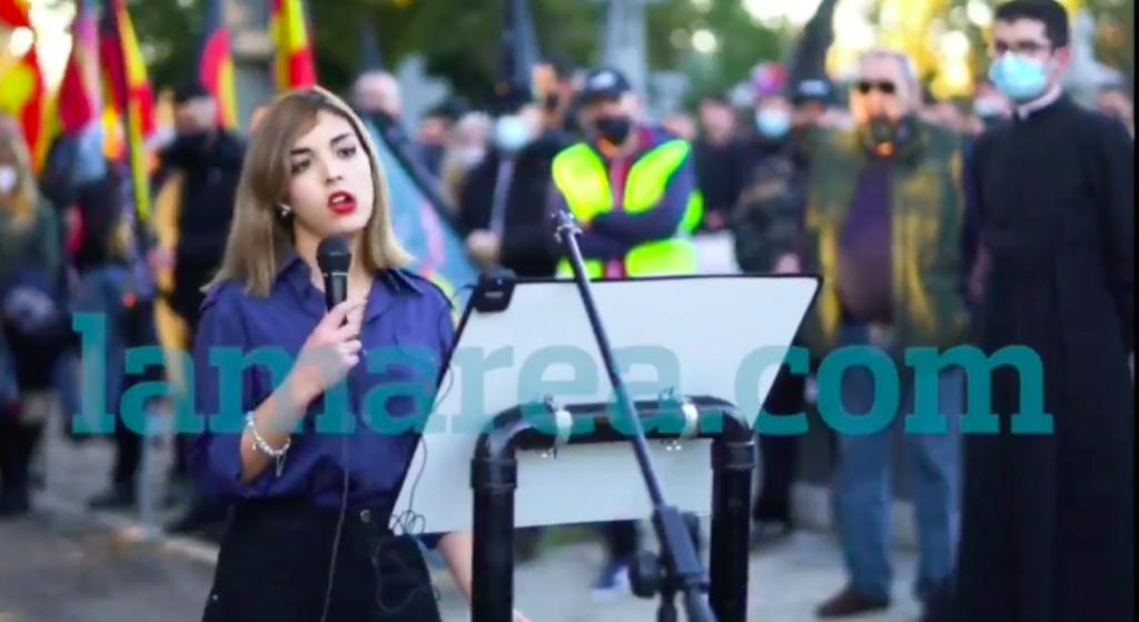 """L'oradora que diu """"el jueu és el culpable"""" en una concentració neonazi a Madrid / lamarea.com"""