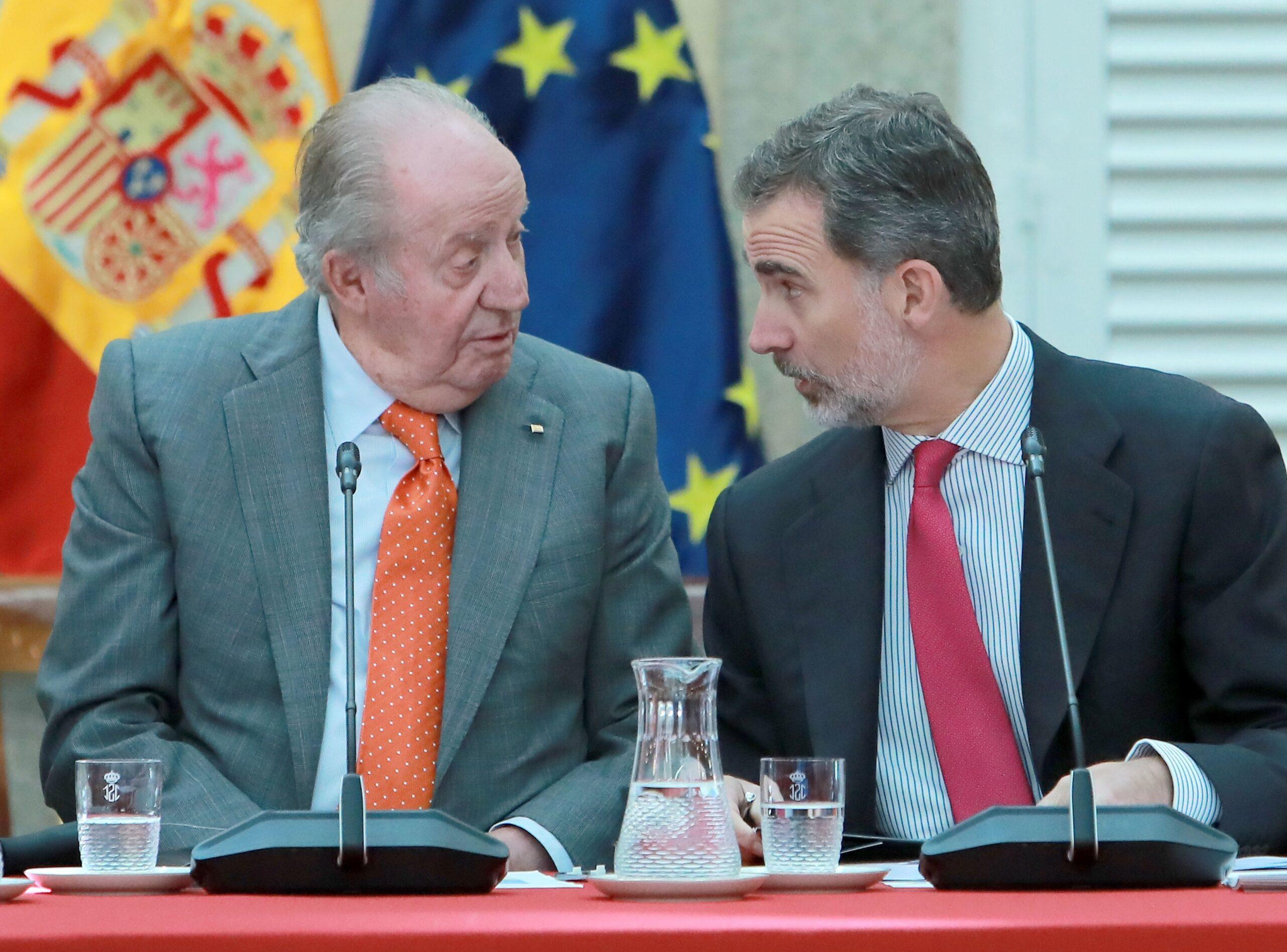 Joan Carles I i Felip VI en una imatge d'arxiu   Europa Press